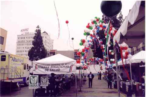 Booth-with-balloons